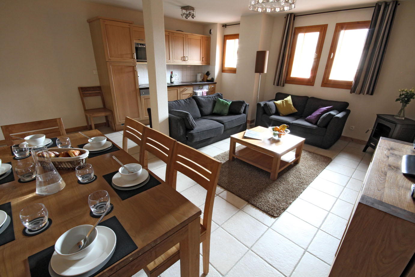 Image of a spacious 2 Bedroom Plus Cabin Morzine Self Catered Apartment