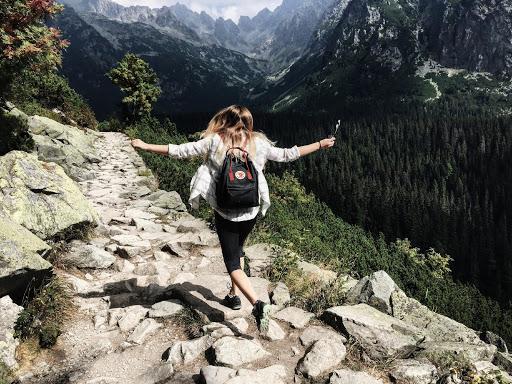 morzine hiking