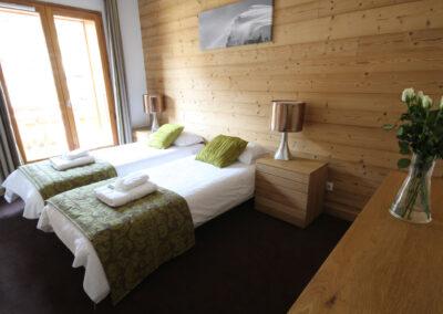 Apt-6-bedroom